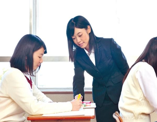 年制大学へ編入して教師を目指す